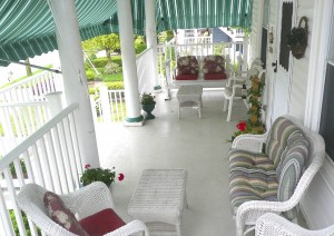 Porch_innthegarden