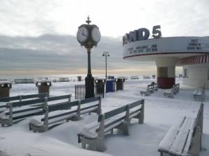 snow on strand